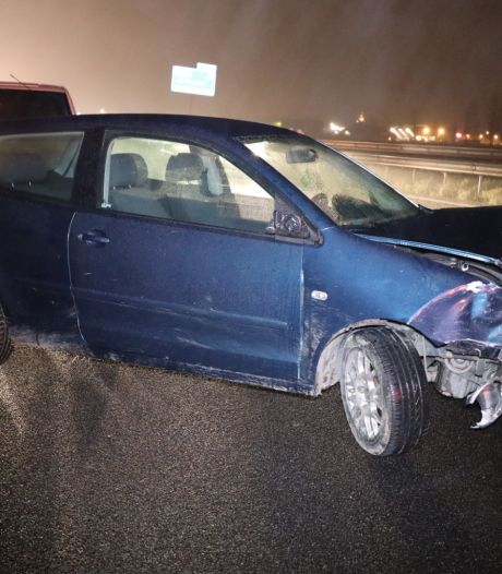 Gewonde bij ongeluk met vijf auto's op A59 bij Sprang-Capelle