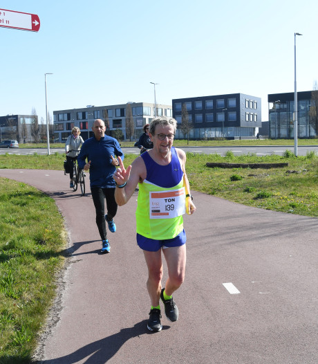 Geen Marathon Rotterdam, wel getraind: dus loopt Tilburger Ton Rosenberg vandaag zijn eigen Torosma Solo Marathon