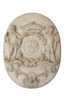 De marmeren plaquette met het wapenschild van de familie Van Tuyll van Serooskerken die terugkeert naar Slot Zuylen.