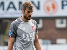FC Twente met Thesker en Tighadouini in de basis tegen Sneek