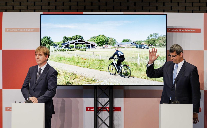 Beoogd gedeputeerden Eric de Bie (FvD) en Erik Ronnes (CDA) tijdens de presentatie van het bestuursakkoord van de fracties van VVD, Forum voor Democratie, CDA en Lokaal Brabant voor de provincie Noord-Brabant.  Beeld ANP