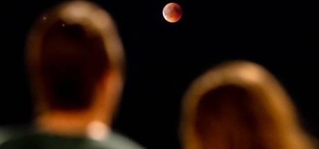 De maan geeft binnenkort 'een van haar mooiste shows'