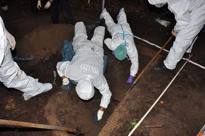 De Duitse politie heeft dinsdag een lijk gevonden in Nordhorn