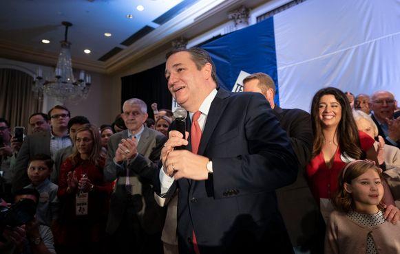 Ted Cruz viert zijn nipte overwinning.