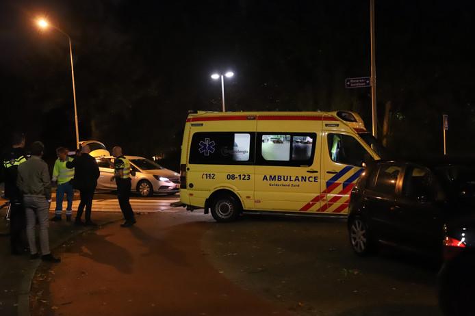 Bij een ongeluk in Tiel is een fietser gewond geraakt.