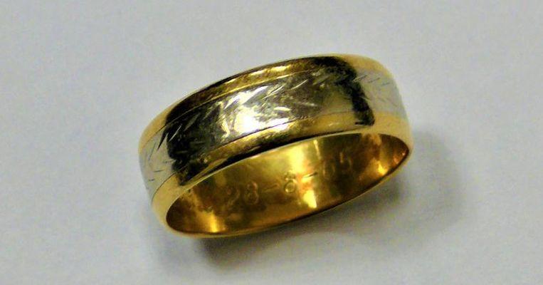 De teruggevonden ring.
