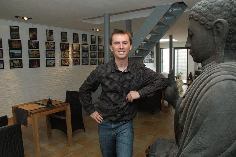 Dominiek Druart in zijn reis- en cultuurhuis Buddhas.