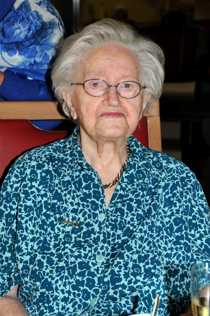 Mien Goossens is met haar 107 jaar nu de oudste inwoner van Brabant.