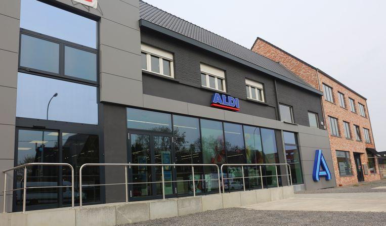 De voormalige Bel & Bo-winkel werd door Aldi gekocht en geïntegreerd in de supermarkt.
