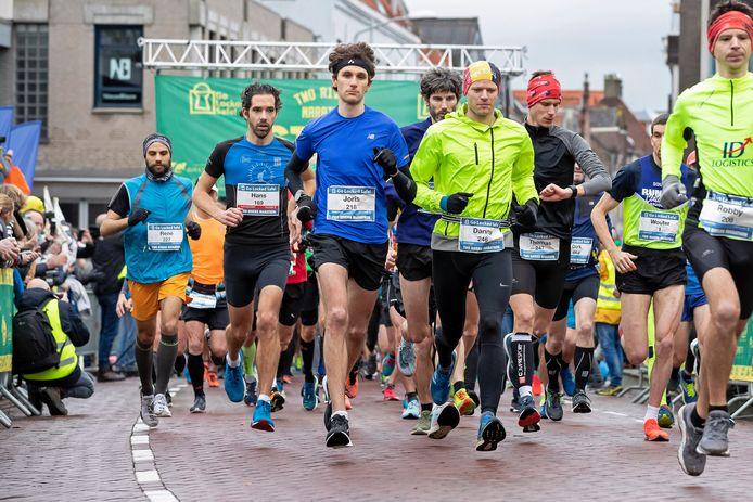De start van de Two Rivers Marathon in 2019.