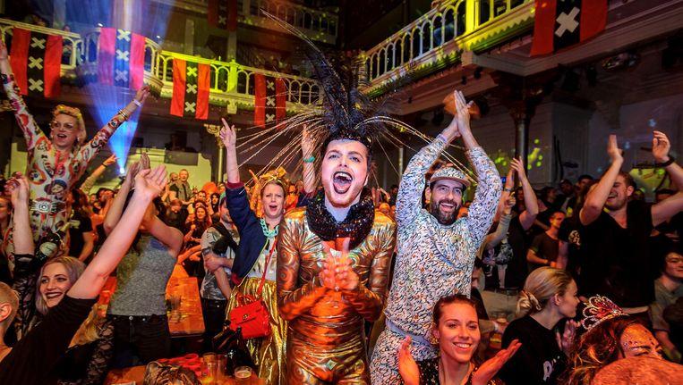 De avond rondom de Gouden Kabouters is steevast een groots feest vol bontgekleurde nachtvlinders. Beeld Dennis Bouman