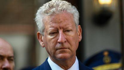 Pieter De Crem legt eed niet af, maar blijft wel in regering