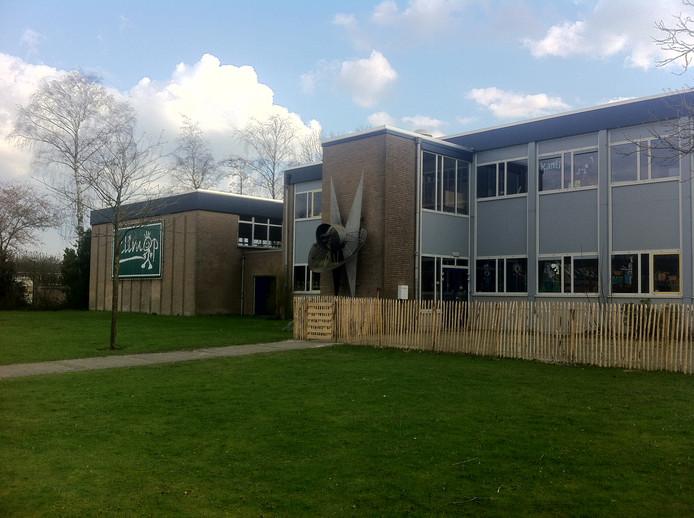 De bestaande KlimOp-school aan de Anjerstraat in Kaatsheuvel wordt gesloopt om plaats te maken voor nieuwbouw op dezelfde plek.