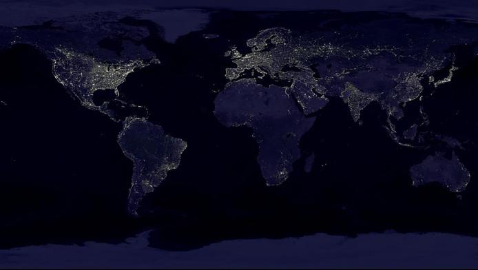 L'Europe et l'Amérique du Nord sont les plus visibles depuis l'espace.