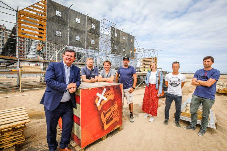 De opbouw van Ostend Beach is in volle gang
