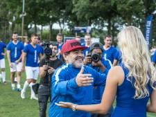 Weer enthousiaste Maradona bakt niets van 'kratje-van-latje' in Mierlo
