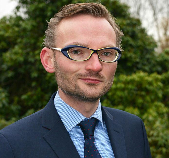 Nanning Mol, wethouder in Voorschoten, wordt burgemeester van Laren.