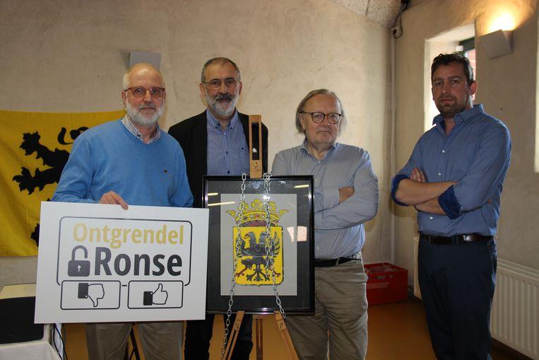 Herman De Mulder, Guido Moons, Paul Carteus en Tijl Rommelaere willen de afschaffing van de taalfaciliteiten op de politieke agenda plaatsen.