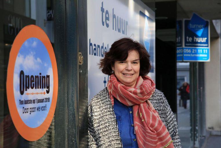 Hannelore Vanhoenacker in de door leegstand geteisterde Korte Steenstraat.