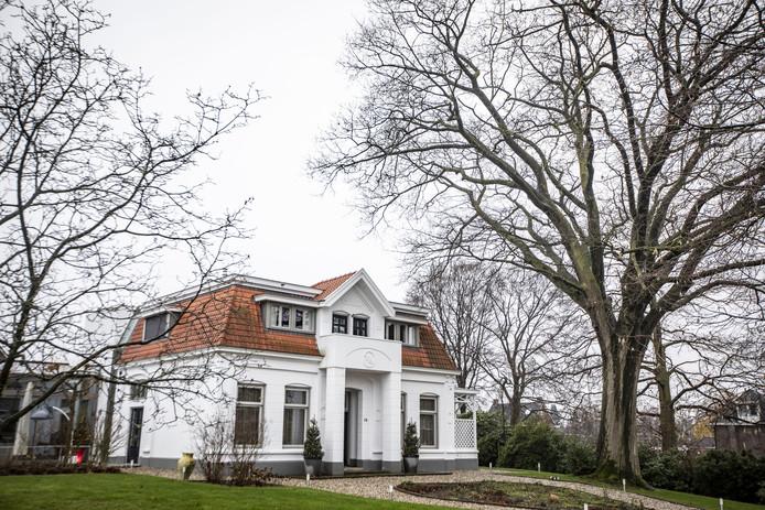 Na meer dan tien jaar is de villa eindelijk klaar.