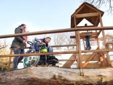 Nieuwe wiebelbrug in Arnhem prikkelt zintuigen van mensen met een verstandelijke beperking