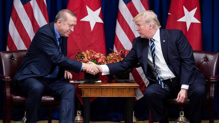 Turks president Erdogan en zijn Amerikaanse ambtsgenoot Trump ontmoetten elkaar vorige maand nog in de marge van de 72ste Algemene Vergadering van de VN in New York.