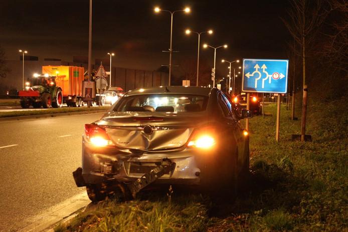 Eén van de twee beschadigde auto's