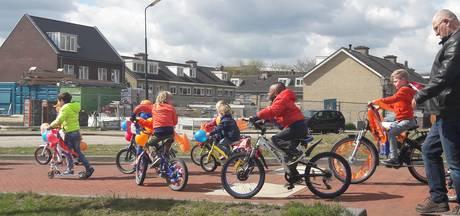 Grave trapt af met Oranje-fietstocht