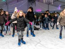 Bewoners met schulden mogen gratis schaatsen op ijsbaan Eemplein