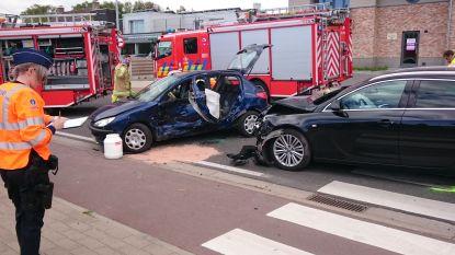 Bestuurder (41) kritiek na zware aanrijding nabij Oudenburg
