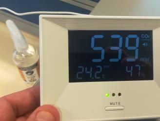"""Gemeente Kruisem koopt veertig CO2-meters om luchtkwaliteit in alle scholen te controleren: """"Scholen maximaal steunen in deze moeilijke periode"""""""