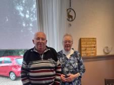 Holtense Gerrit en Leni stomverbaasd na winnen Beste Buur Bokaal: 'Als je iets kunt doen voor je medemens, waarom niet?'