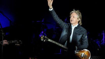 Paul McCartney en Ringo Starr zorgen voor Beatles-reünie tijdens concert
