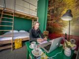 Amper gasten, Hostel Roots verhuurt kamers daarom als werkruimtes: 'Even het huis ontvluchten'