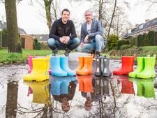 Soester bedenkt regenlaarsjes voor CliniClowns
