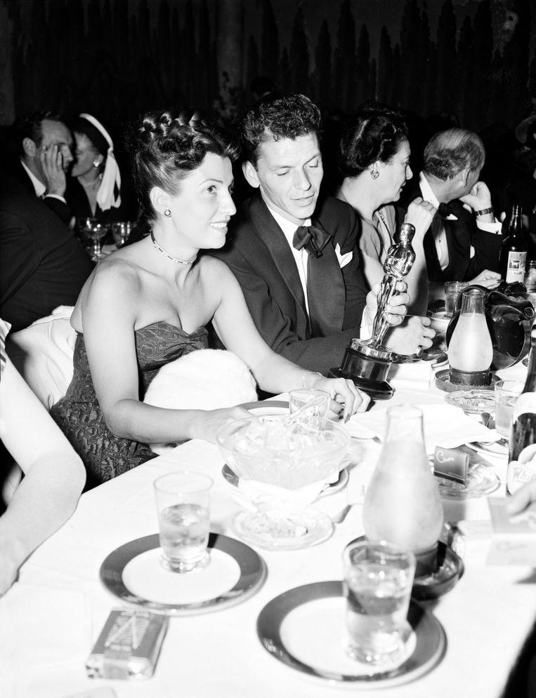 Nancy en Frank Sinatra in 1964. Hij had toen net een Oscar gewonnen voor de film 'The House I Live In'.