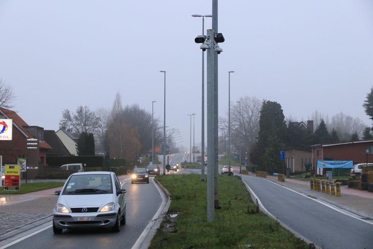 Genk gaat op 100 locaties in de stad slimme camera's inzetten. Samen zorgen ze voor een slim netwerk van camera's.