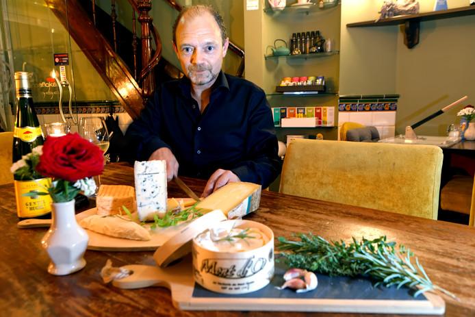 Kaaskenner Danny Koreman bij Proeflokaal Chefz in Oosterhout.
