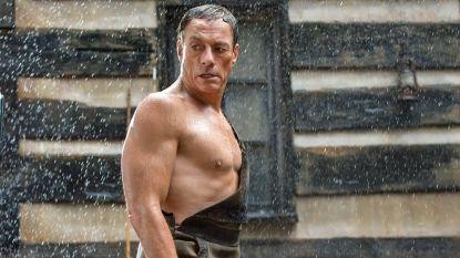 """Jean-Claude Van Damme (57) nog altijd even afgetraind in nieuwe reeks: """"En ik hou nog altijd evenveel van België!"""""""