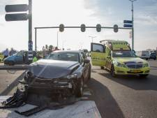 Vrouw gewond na ongeval Vinkeveen