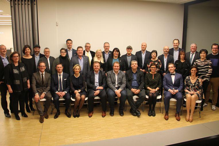 De nieuwe gemeenteraad van Izegem.