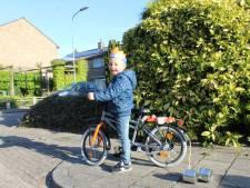 Kinderen wekken Hoevelaken op Koningsdag