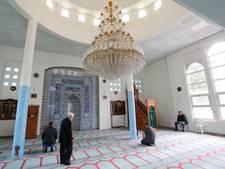 Open dagen om kennis te maken met de Turkse moskee in Helmond