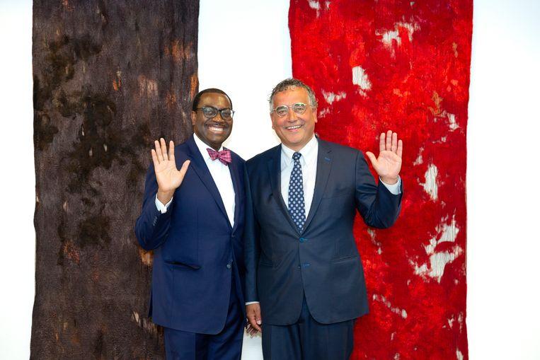 Peter van Mierlo ontvangt Akinwumi A. Adesina, president van de AfDB (African Development Bank Group), 2018.  Beeld AfDB