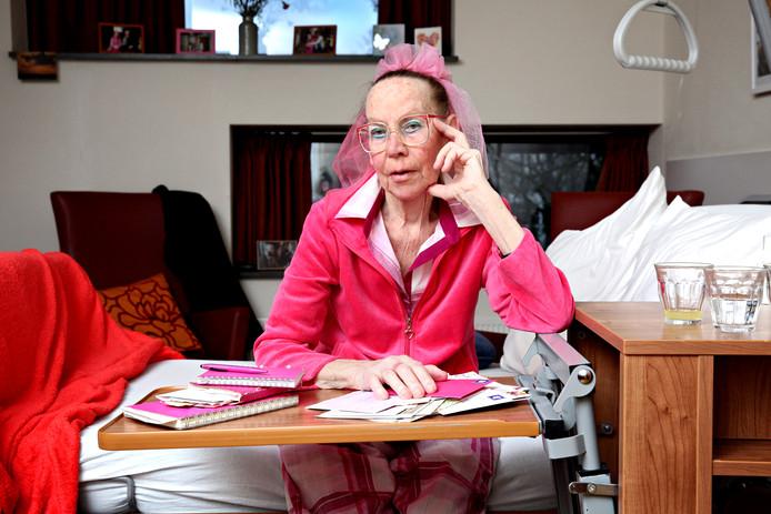 Dichteres Rieneke Grobben is opgenomen in een hospice.