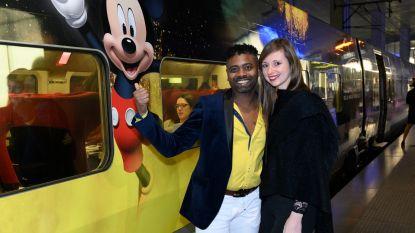 IN BEELD. 'De Buurtpolitie'-acteur test Thalys-trein naar Disneyland Paris uit