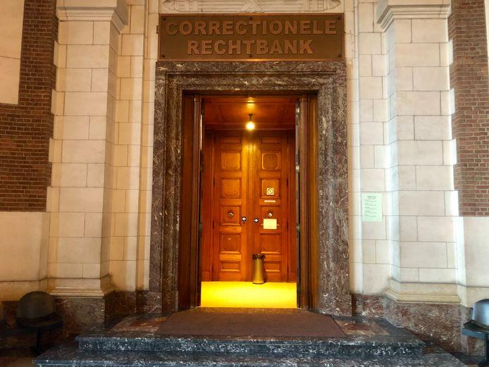 De correctionele rechtbank in Leuven waar de twee zich moesten verantwoorden.