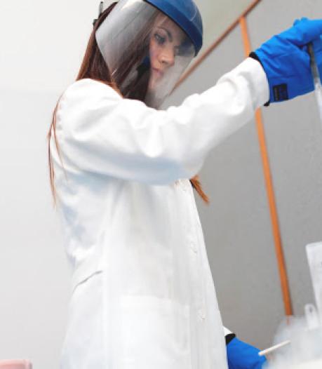 Direct na de bevalling cellen uit de navelstreng laten invriezen: Zeeuwen doen het steeds vaker