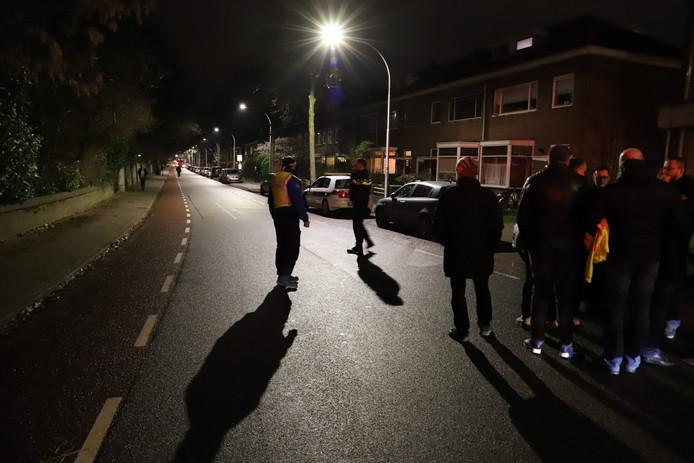 De Dobbelmannweg in Nijmegen is afgesloten.