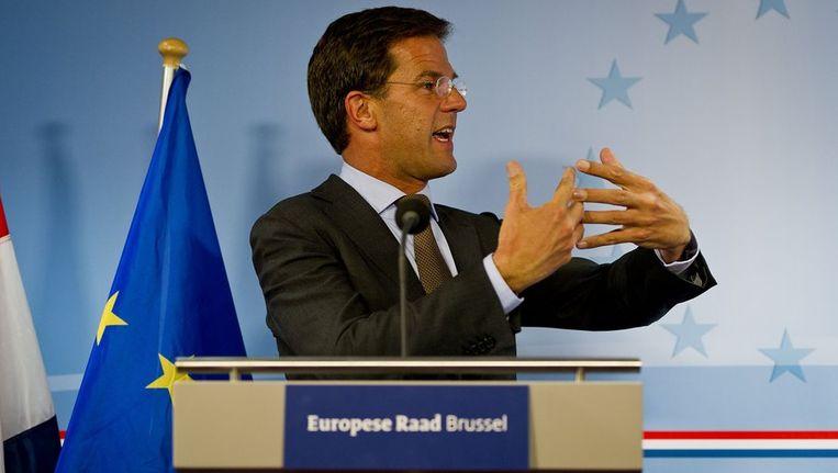Premier Mark Rutte staat de pers te woord na afloop van een speciale top van de regeringsleiders van de eurolanden in Brussel over hulp aan het noodlijdende Griekenland Beeld anp